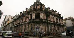 Rio de Janeiro, Brasil - antigo Instituto de Eletrotécnica e Escola de Comunicação da UFRJ (desativado)