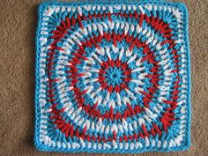 Spiky Circle Square, free pattern by Julie Yeager; large 12-inch size  #crochet #motif