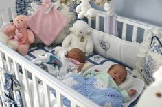 Our list of coupons and discounts for twins is great. These retailers will help save you money when buying for two!