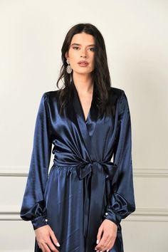 Neck Deep, Pyjama Satin, Silky Dress, Maxi Robes, Necklines For Dresses, Blue Satin, Silk Satin, Bleu Marine, Satin Dresses