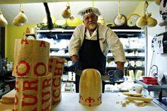 @KatieSheaDesign ♥  Mazzaro's Italian Market & Restaurant, St. Petersburg  https://www.facebook.com/pages/Mazzaros-Italian-Market/184228678290394?ref=tn_tnmn
