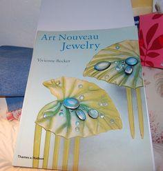 Art Nouveau Jewelry by Vivienne Becker (1998, Paperback)
