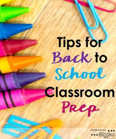 Do you, like many teachers, walk into your classroom after summer break and immediately feel overwhelmed? It's possible to get everything in your classroom ready for the back to school season without the stress. These tips & this FREE checklist took me fr
