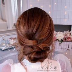 Braided Bun Hairstyles, Work Hairstyles, Elegant Hairstyles, Female Hairstyles, Easy Hairstyle, Style Hairstyle, Hairstyles 2018, Medium Hair Styles, Curly Hair Styles