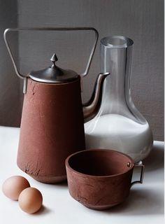 http://www.ateliernl.com/   landleven aardetinten boers ambachtelijk