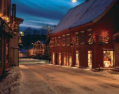 Kerst in de Storgata in Drøbak, 2012. (Foto Frogn Kommune, CC BY SA 2.0)
