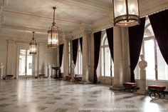 The Royal Palace of Brussels is the King's administrative residence and main workplace. In his office at the Brussels palace, the King receives the representatives of political institutions, foreign guests and other guests. Vestibule, Royal Palace, Chandelier, Brussels, Ceiling Lights, Palais Royal, Interior Design, Inspiration, Workplace