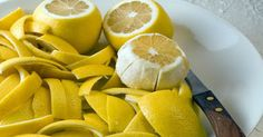 Amazing Healing Power of Lemon Peel + Joint Pain Remedy. Don't throw away your lemon peel. It has many powerful health benefits. Especially useful for healing joint pain and anti-aging. Arthritis Remedies, Herbal Remedies, Health Remedies, Healthy Holistic Living, Healthy Living, Natural Cures, Natural Health, Comidas Light, Healthy Tips