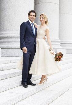 Todos los detalles de la boda de Vega Royo-Villanova y Marcelo Berenstein. ¡Os va a encantar el vestidos de corte años 50!