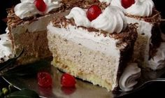 Penaste i kremaste: 5 ideja za super torte Bosnian Recipes, Croatian Recipes, Wine Recipes, Dessert Recipes, Cooking Recipes, Dessert Ideas, Cake Cookies, Cupcake Cakes, Super Torte
