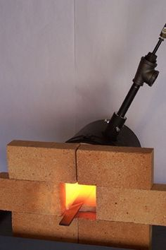 fantastic article about building your own gas forge without the use of another forge or a welder.Another fantastic article about building your own gas forge without the use of another forge or a welder. Propane Forge, Gas Forge, Blacksmith Forge, Metal Projects, Welding Projects, Metal Crafts, Diy Projects To Try, Woodworking Projects, Tools And Equipment