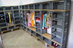 armarios de caixotes de plastico