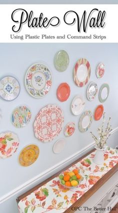 Dining room & leftover wedding plates, here i come! Plastic Plate Wall - OPC The Better Half Plate Wall, Plates On Wall, Kitchen Wall Art, Kitchen Decor, Plastic Plates, Diy Interior, Do It Yourself Home, Decorating Tips, Home Kitchens