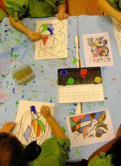 Doodle like Miro: Taking a Line for a Walk (September - Kunstunterricht Automatic Drawing, Montessori Art, Montessori Elementary, Kindergarten Art Projects, Joan Miro Paintings, Ecole Art, Jewish Art, Art Lessons Elementary, Preschool Art