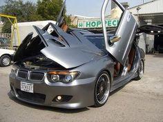 capô e portas BMW.                                                                                                                                                      Mais