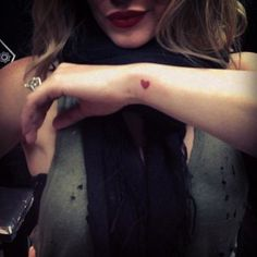 Hilary Duff's Adorable Tiny Heart Tattoo #tattoos