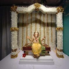 Baby Ganesha, Ganesha Art, Lord Ganesha, Jai Ganesh, Ganesh Idol, Ganesh Statue, Flower Decoration For Ganpati, Ganpati Decoration Design, Flower Decorations