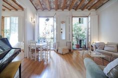 Check out this awesome listing on Airbnb: 110 square meter flat, 2 bathrooms in Barcelona$1600-4/6 nuits