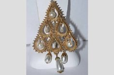 Florenza Christmas Tree Pin, Faux Dangling Pearl Drops, Gold, Signed Book Piece SCARCE by VintageUndertheSea on Etsy