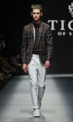 Fashion Show - Tiger of Sweden Men's SS14 #fashion #style #fashionshow #runway #SS14 #spring2014 #spring14 #menswear