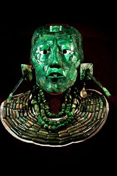 leradr:  National Museum of Anthropology, Mexico City, The Malachite King head