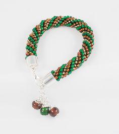 Hand made bead crochet bracelet; more jewellery on www.facebook.com/BizuteriaLowyt