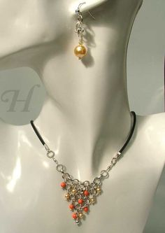*Happy Gold* - from the chainmaille Triangulation jewelry series
