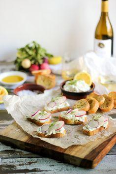 Crostini With Whipped Ricotta, Persimmon, And Prosciutto Recipe ...