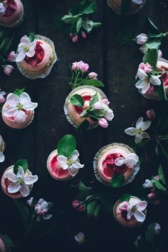 winstons-and-enochs:  definitely plan on making these rhubarb and ginger cupcakes by call me cupcake.