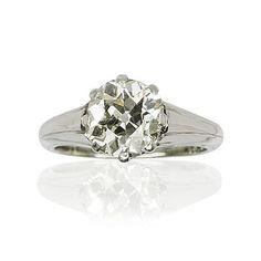 Ein Traum wird wahr! Lassen Sie sich zum Luxus verführen.  Kostbarer #Solitärring mit einem #Altschliffdiamant mit 2,14 ct. Der #Diamant top Crystal si2 hat eine enorme Leuchtkraft, die durch die offene Chatonfassung hervorgehoben wird. Der Stein wird darin mit 8 Krappen gehalten. Die Ringschiene aus 14 kt Weißgold ist glänzend poliert und verjüngt sich im Verlauf leicht nach unten.  http://schmuck-boerse.com/ring/18/detail.htm http://schmuck-boerse.com/index-gold-ringe.htm