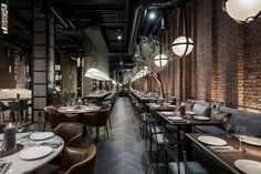 Kiev oyster restaurant Catch takes cues from New York Oyster Restaurant, Deco Restaurant, Restaurant Interior Design, Seafood Restaurant, Bistro Interior, Burger Restaurant, Industrial Restaurant, Restaurant Interiors, Restaurant Pictures