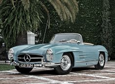 300SL Mercedes-Benz what a car!!!
