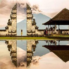 Bali's Mount Agung erupting seen from Pura Lempuyang by Brian Crawford. #BaliTravel