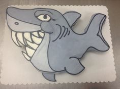 shark cupcake cake made with 24 cupcakes and buttercream icing, Made by Laurie Grissom