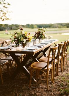 outdoor dining at its finest  Photography By / ryanrayphoto.com, Creative Direction   Styling By / lavenderjoyweddings.com, Floral Design By / bowsandarrowsflowers.com