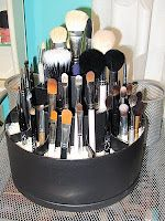 Upcycle a Tool Turn About (less than 20.00 from the Pampered Chef) into a Make Up Brush Organizer by filling compartments with salt or small crafting beads.
