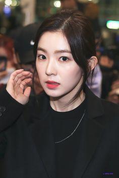Rv, Velvet Wallpaper, Red Velvet Irene, Girl Bands, Seulgi, Face Claims, Woman Crush, Daegu, Face Shapes