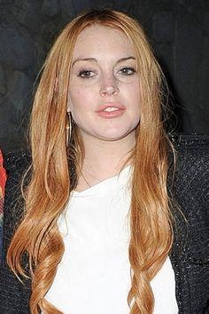 Lindsay Lohan, dopo anni di tinture 'imbarazzanti' di recente è tornata al suo colore di capelli naturale, un bel rosso tiziano.