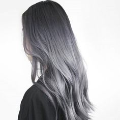 33 trendy ombre hair color ideas of 2019 - Hairstyles Trends Grey Ombre Hair, Silver Grey Hair, Grey Hair Touch Up, Smoke Hair, Charcoal Hair, Cool Hair Color, Mi Long, Rock Style, Balayage Hair