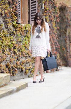 1 pièce, 10 styles x Sud Express : Justine du blog Cendrillon fashionblog porte le petit pull en lin Sud express