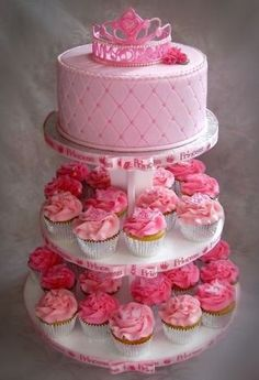 Princess Party Cakes and Cupcakes - so pretty!