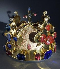 St.Venceslav's Crown after changes made in 1347, gold, 96 gem stones, 20 pearls, Cathedral of St.Vitalis, Prague