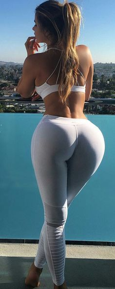 SEXY PERFECT VIEW!!! THICK & MUSCULAR DREAM LATINA WIFE BUTT of curvy…