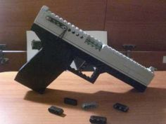 LEGO Working Glock that shoots LEGO Bricks