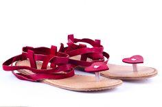 Leather slippers leather flats handmade sandal leather juttis Indian shoes flats #Handmade #FlipFlops