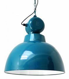 Lampada industriale blu - Lampada industriale a sospensione nelle nuances dell'azzurro.