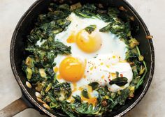 Skillet-Baked Eggs with Spinach, Yogurt, and Chili Oil Recipe - Bon Appétit