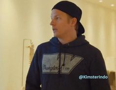 Kimi Raikkonen wears Wrangler hoodie