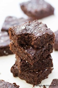 These fudgy quinoa brownies are healthy and delicious. With a decadent texture and a rich flavor, you'd never know these brownies were gluten-free + vegan!