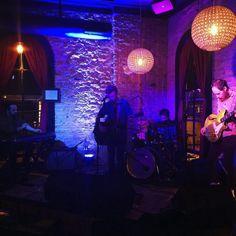 @jackferrarararara and @turkeylegmusic bringing the songwriter vibes to Austin on a Wednesday night! #music #livemusic #austin #atx #tellers #goodvibes #gin #singersongwriter #singersofinstagram #originalmusic #indie by mrjohnnyglass